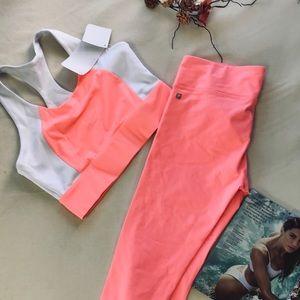 Fabletics fusion 2 piece workout outfit